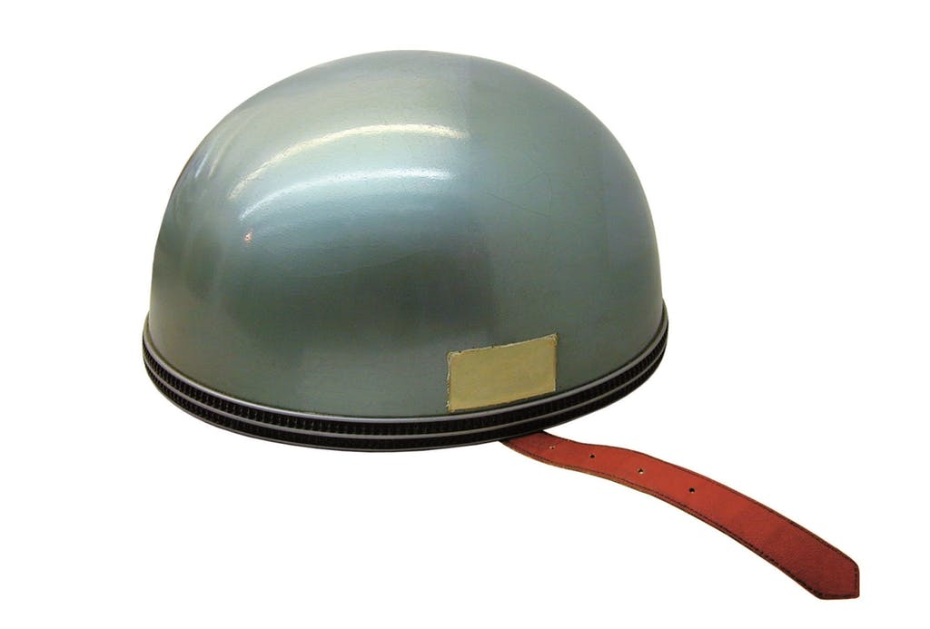 AGV: i primi 60 anni del casco in fibra