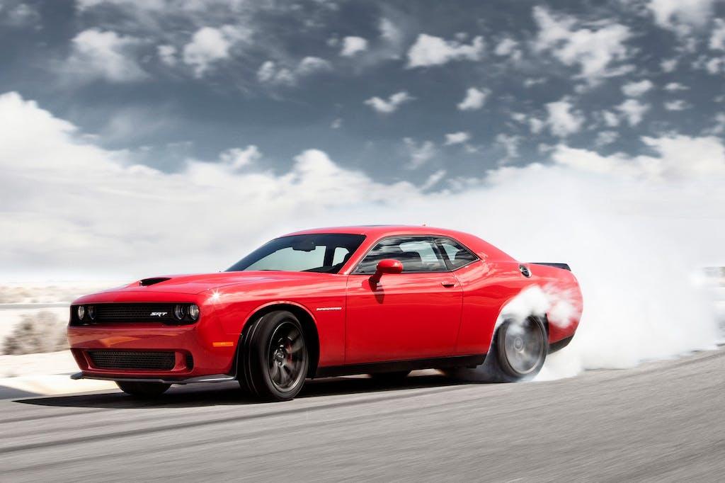 Dodge Challenger SRT Hellcat 2015: più muscle non si può
