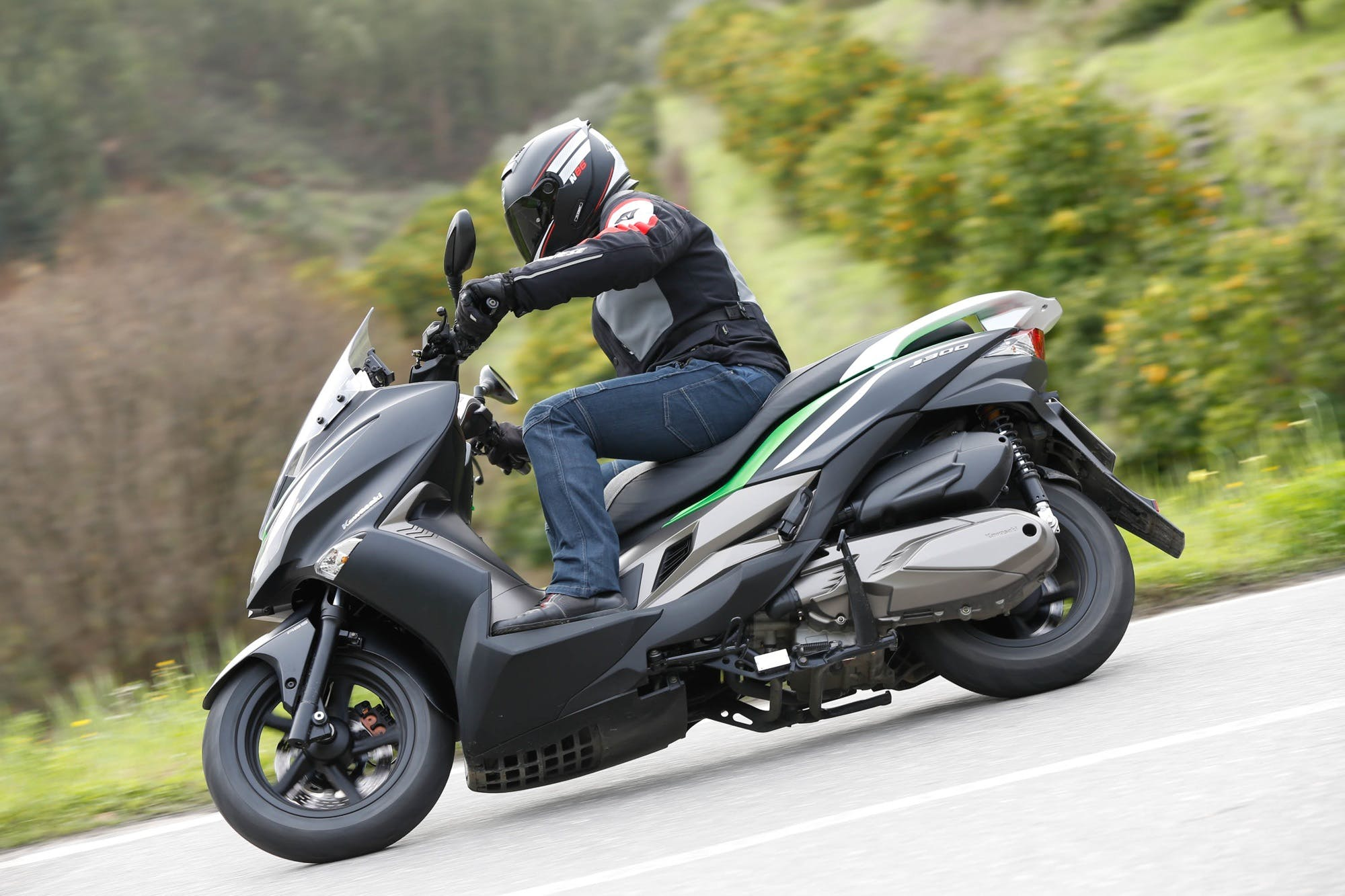 Kawasaki J 300 Migliori scooter 300