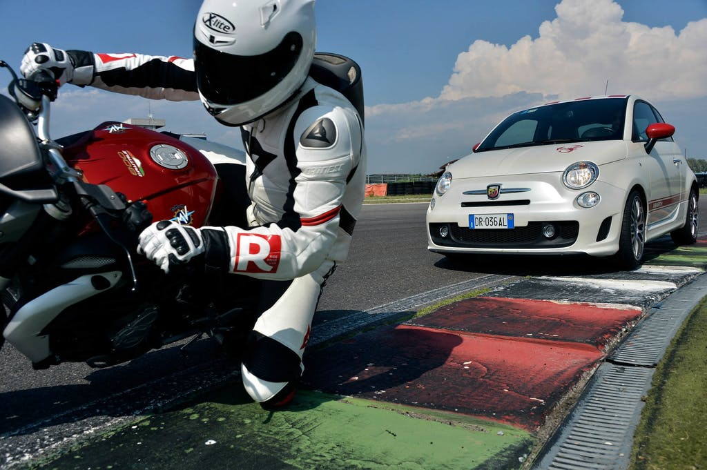 Abarth 500 – MV Agusta Brutale 800, The Italian Job