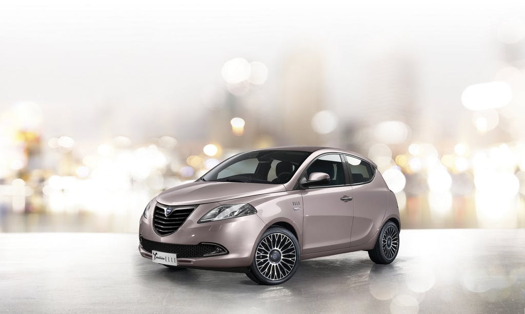 Lancia Ypsilon Elle: fashion addicted