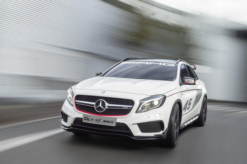 Mercedes-Benz GLA 45 AMG: a caccia di Macan