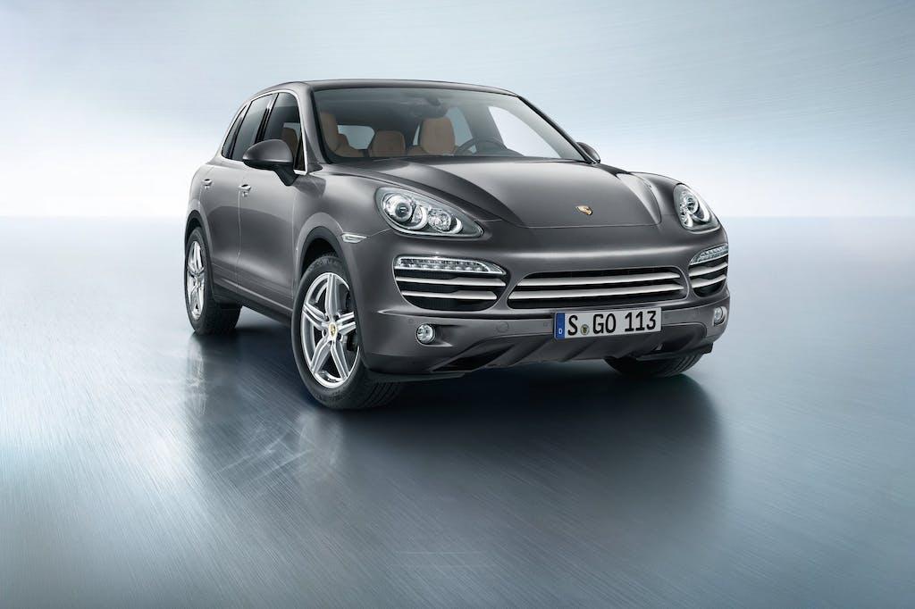 Porsche Cayenne Platinum Edition: special care