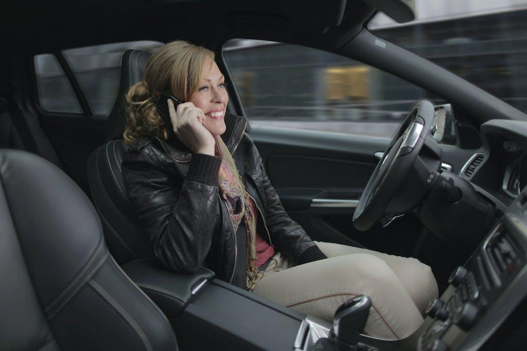 Guida autonoma: crolleranno i prezzi dell'RC auto