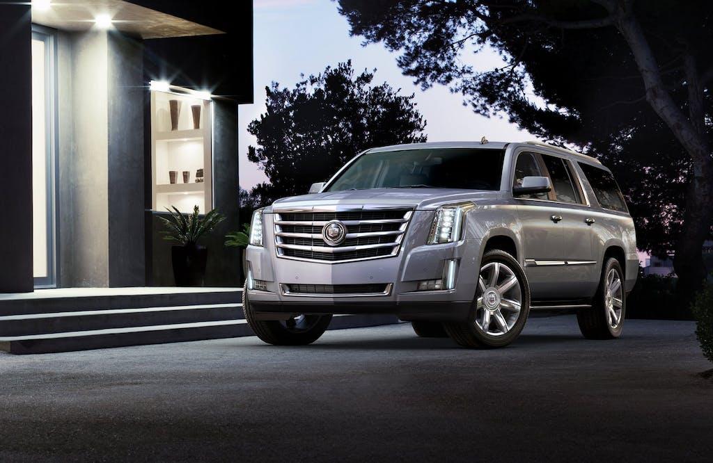 Cadillac Escalade 2015: enormous is better