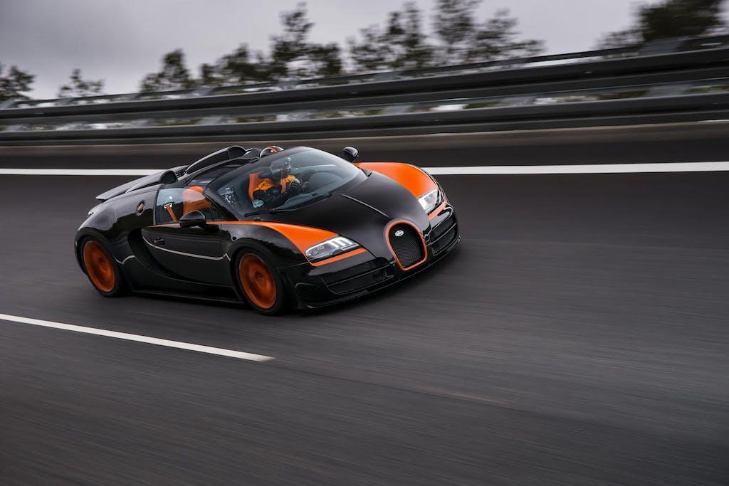 Bugatti Veyron Grand Sport Vitesse, 400 all'ora a cielo aperto