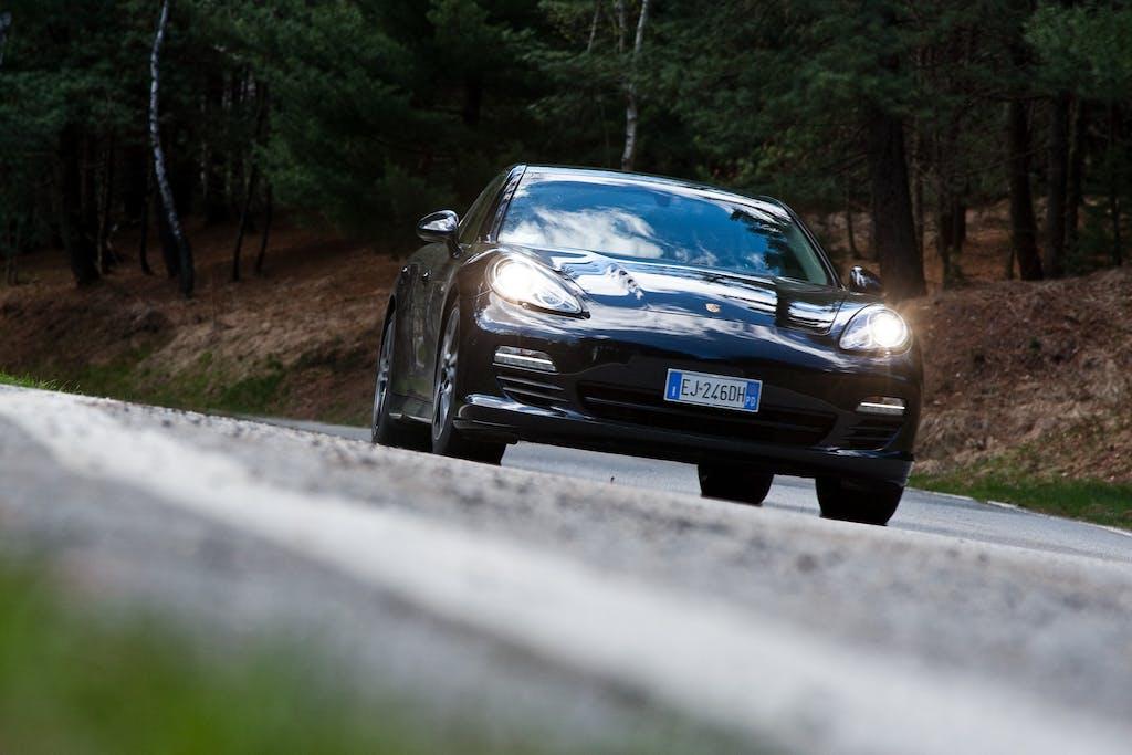 Prova Porsche Panamera S Hybrid