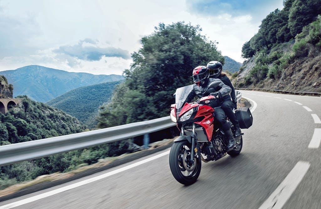Yamaha Tracer 700, arriva l'estate e sale la voglia di moto!