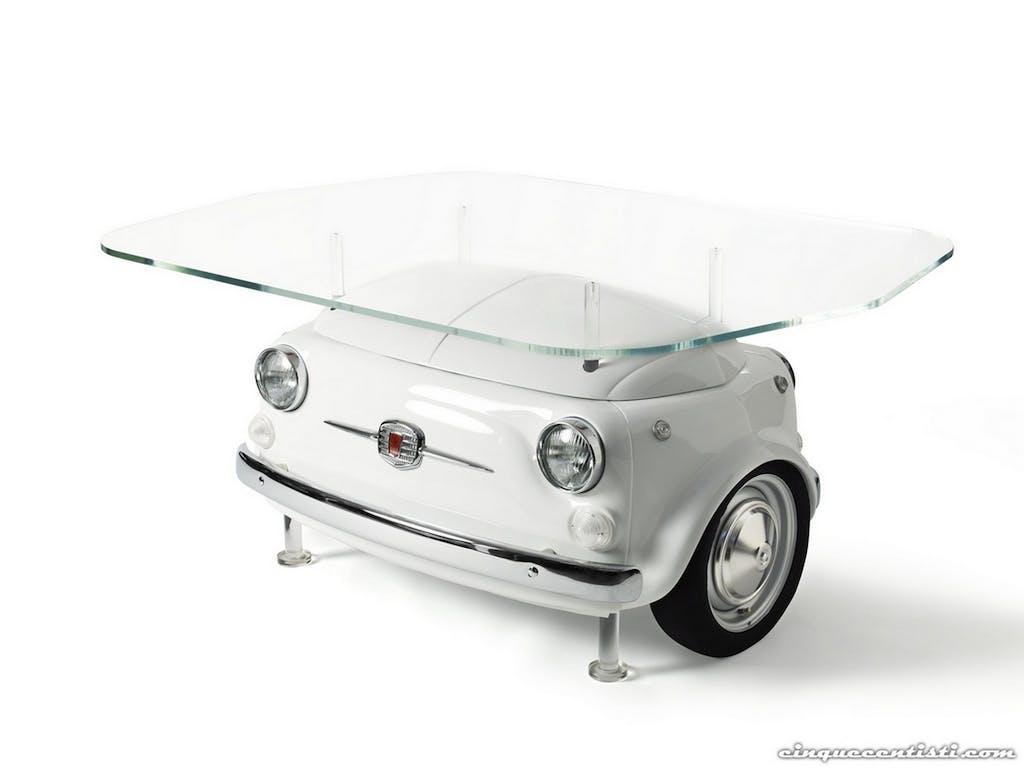 Salone Internazionale del Mobile: l'auto è di casa…