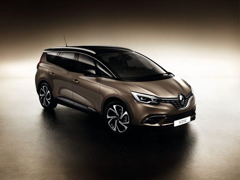 RenaultGrandScenic-001