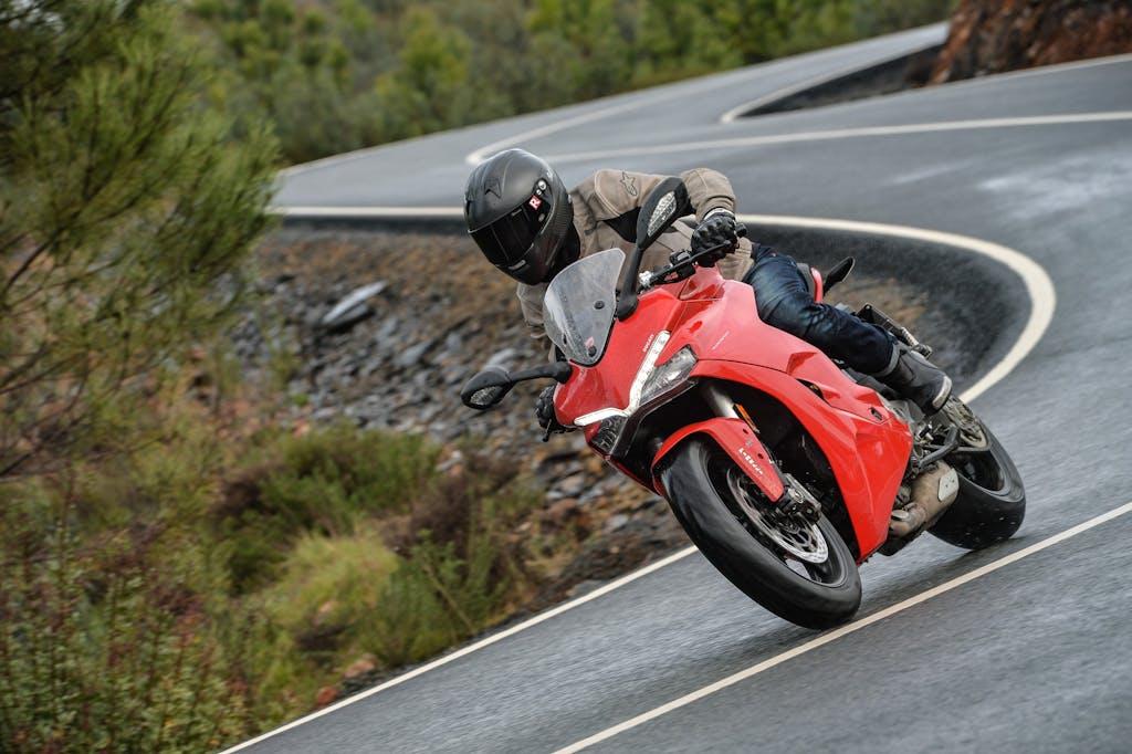 Prova Ducati SuperSport