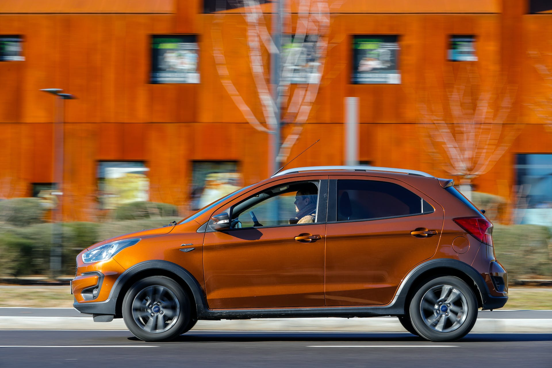 Ford KA+ Active in movimento