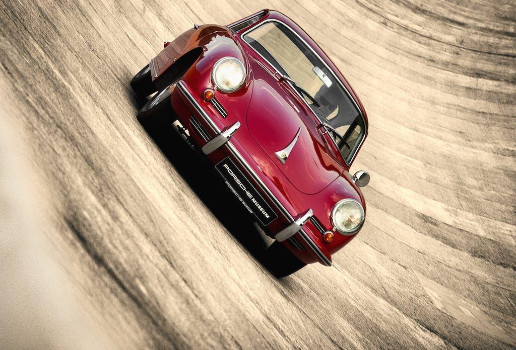 Porsche, un viaggio lungo 70 anni