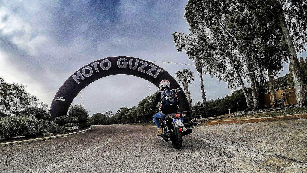 Moto Guzzi Experience, alla scoperta della Sardegna