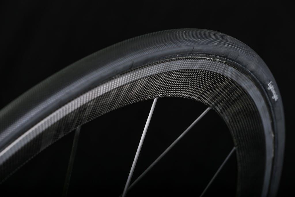 Le più leggere ruote road in carbonio
