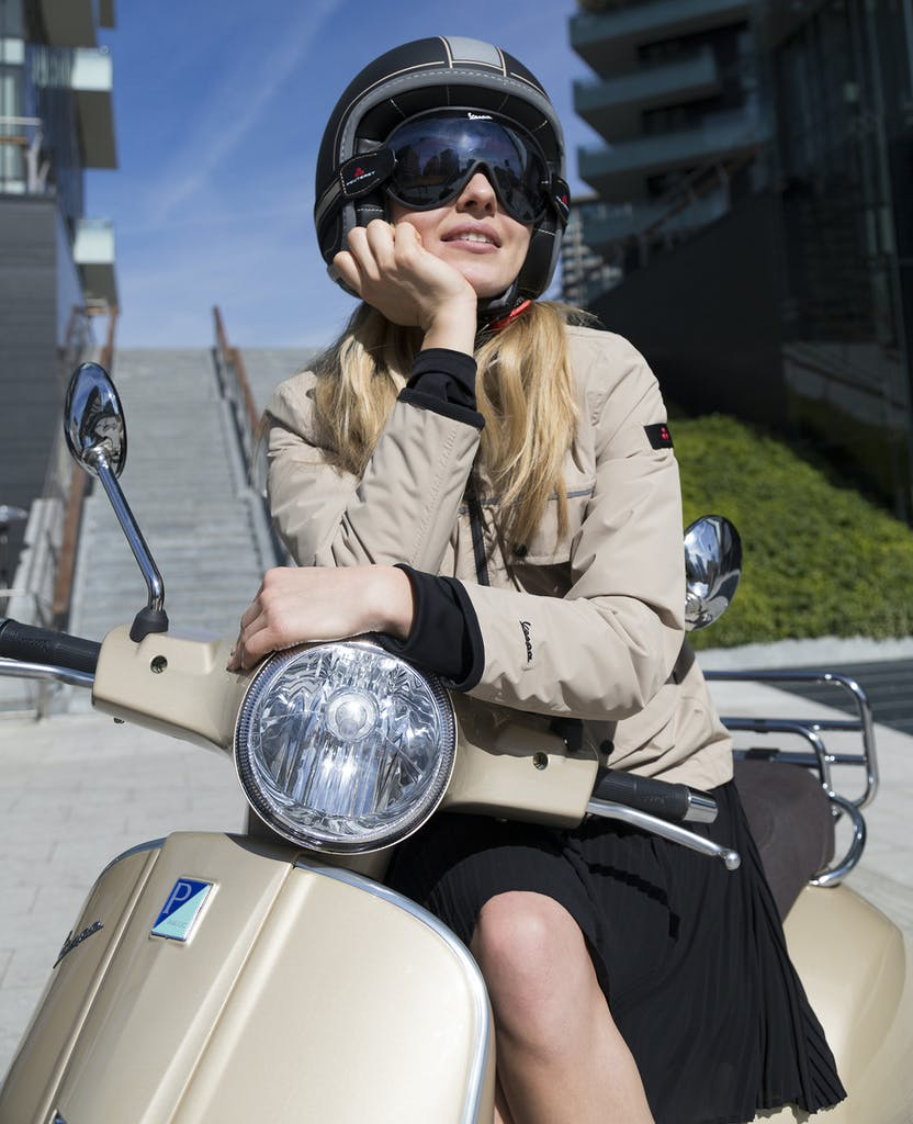 Vespa e Peuterey insieme per una capsule collection