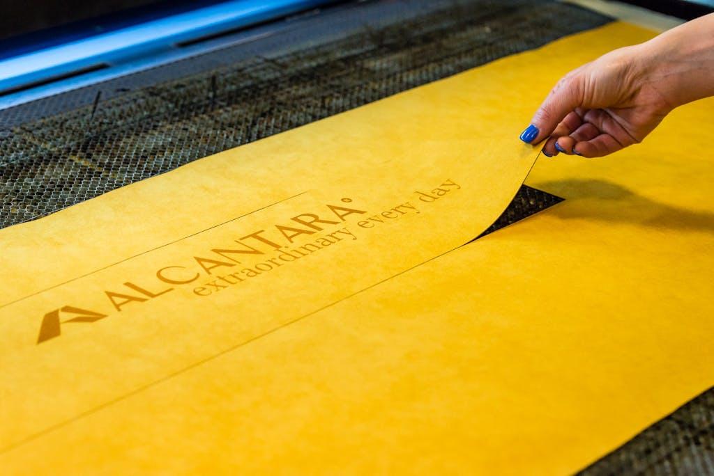 Alcantara: pronti 300 milioni per raddoppiare la produzione