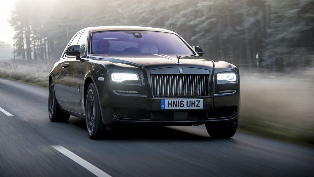 Rolls-Royce Ghost Versace: nobiltà glamour