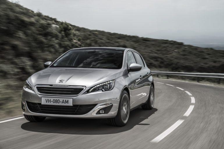 Peugeot308-001