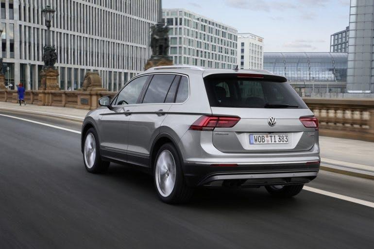 VolkswagenTiguanMY16-002
