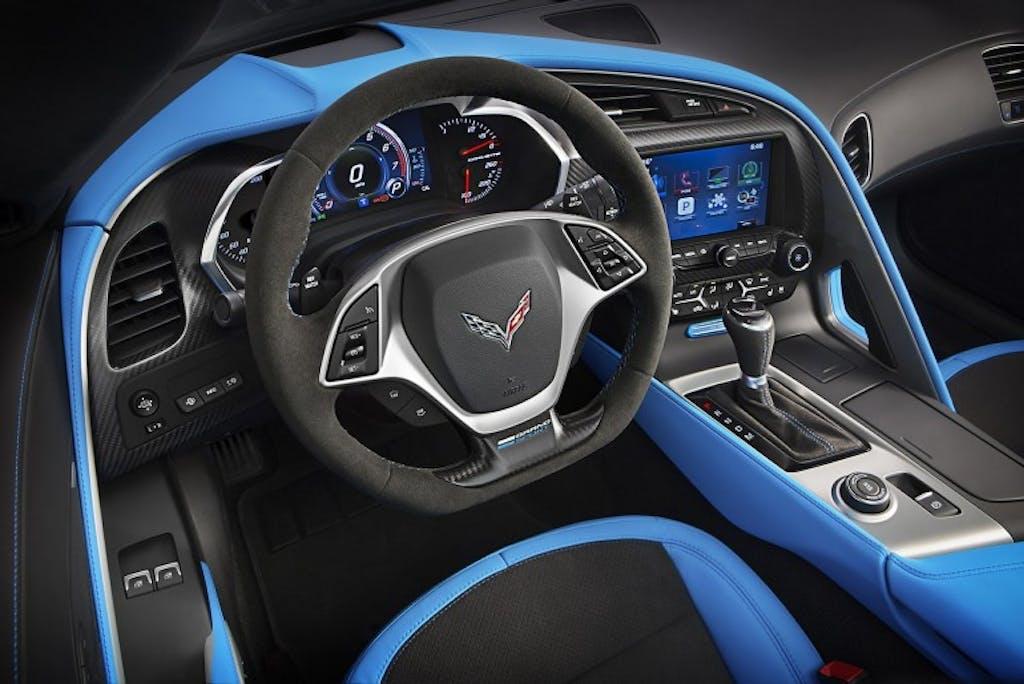 Chevrolet Corvette C8: sarà a motore centrale