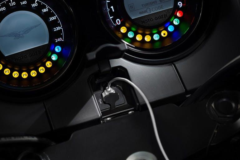 Moto Guzzi MGX21-5