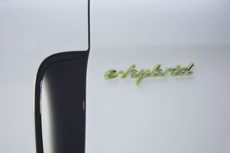 PorschePanamera4EHybrid-014