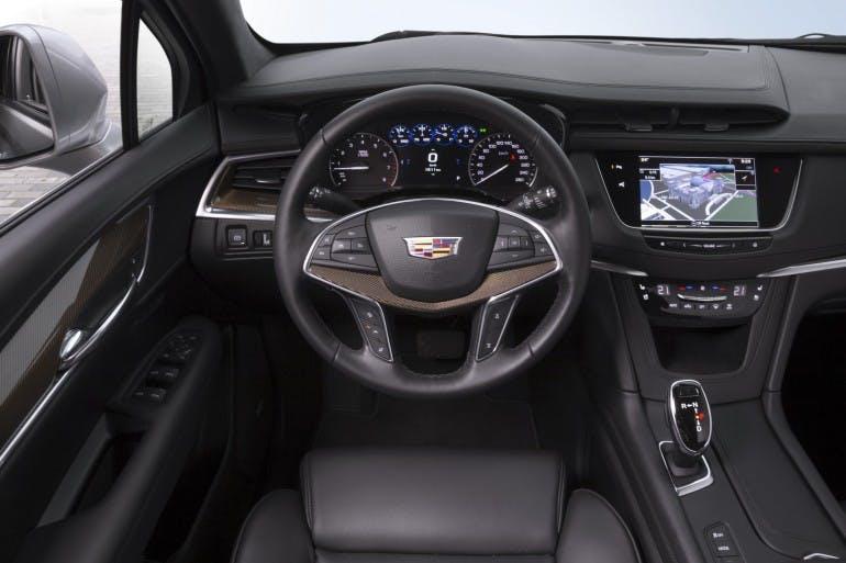 CadillacXT5-012