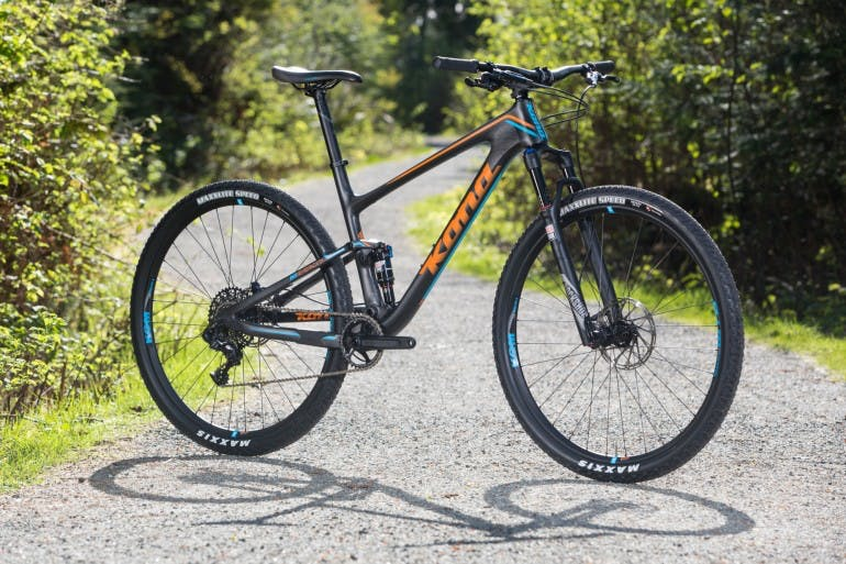 The Hei Hei Race DL and its 100mm Fuse suspension have been tested around the world in multiple high pressure events, from World Cups in Europe, Canada and Australia, all the way through to the epic Pioneer five day stage race in New Zealand. To say this bike is race proven would be somewhat of an understatement.
