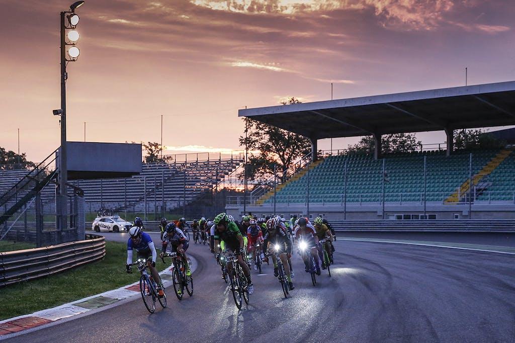 12H Cycling Marathon – L'alba