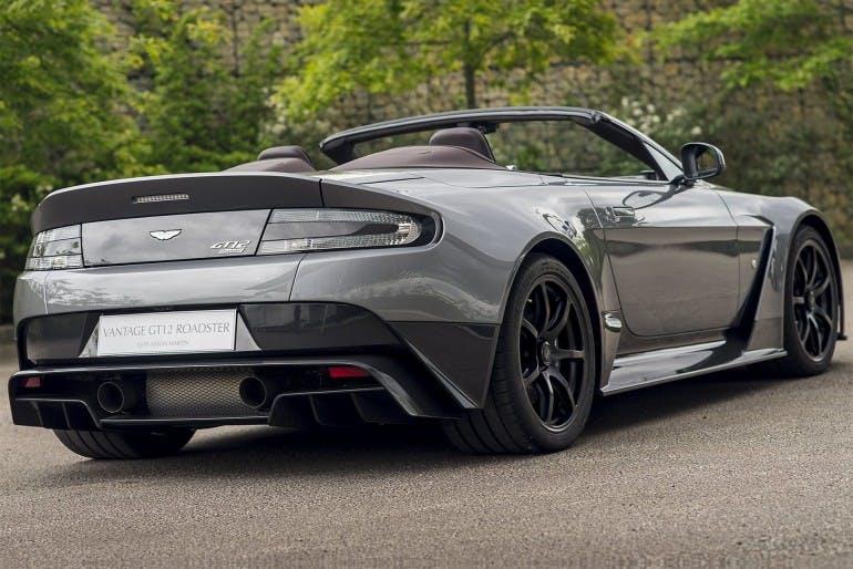 AstonMartinVantageGT12Roadster-003