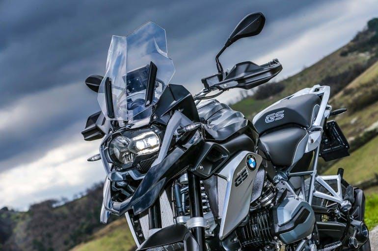 BMWR1200GSTripleBlack-009