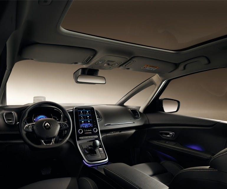RenaultGrandScenic-004