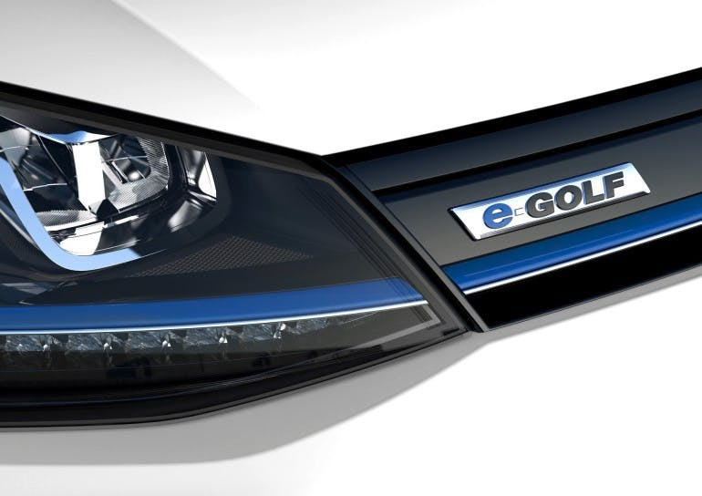 VolkswagenEGolf-006