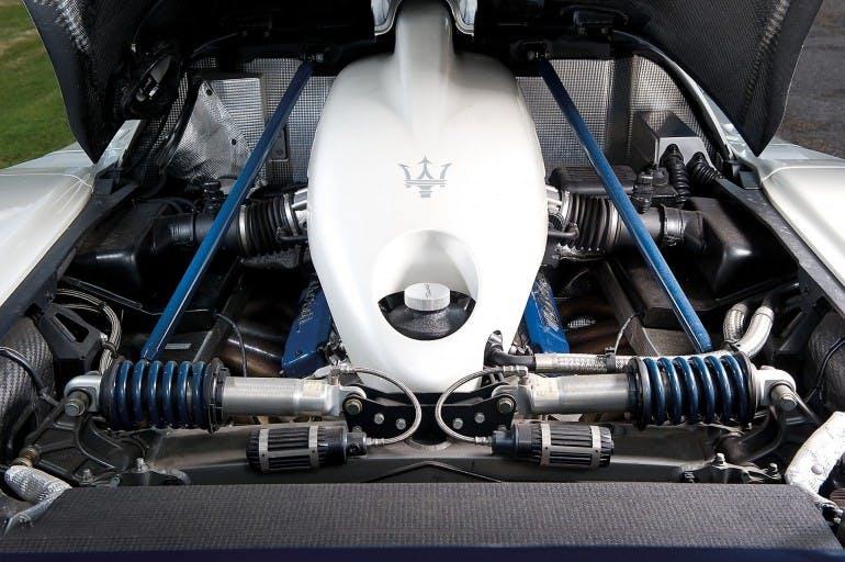 MaseratiMC12-018