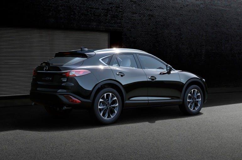 MazdaCX4-005