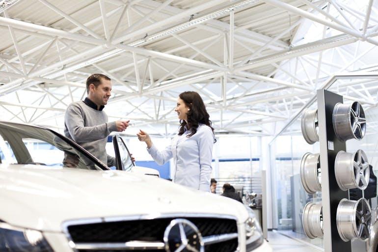 Copyright Daimler AG. Dieses Motiv darf ausschließlich für autorisierte Daimler Publikationen verwendet werden. Eine Verwendung für Publikationen externer Partnerfirmen und Fremdfirmen ist nicht zulässig.