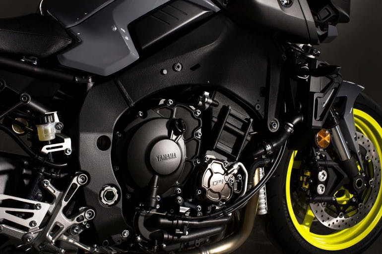 Yamaha MT-10 Maxi naked motore