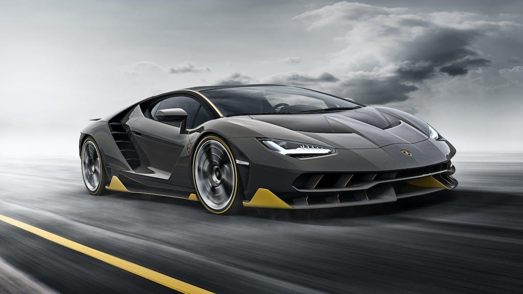 Lamborghini Centenario. Prima videogame, poi sulla strada