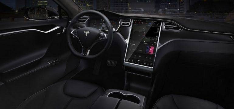 TeslaModelS2016-003