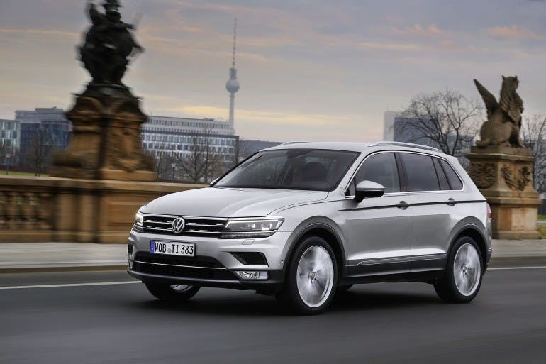 VolkswagenTiguanMY16-008