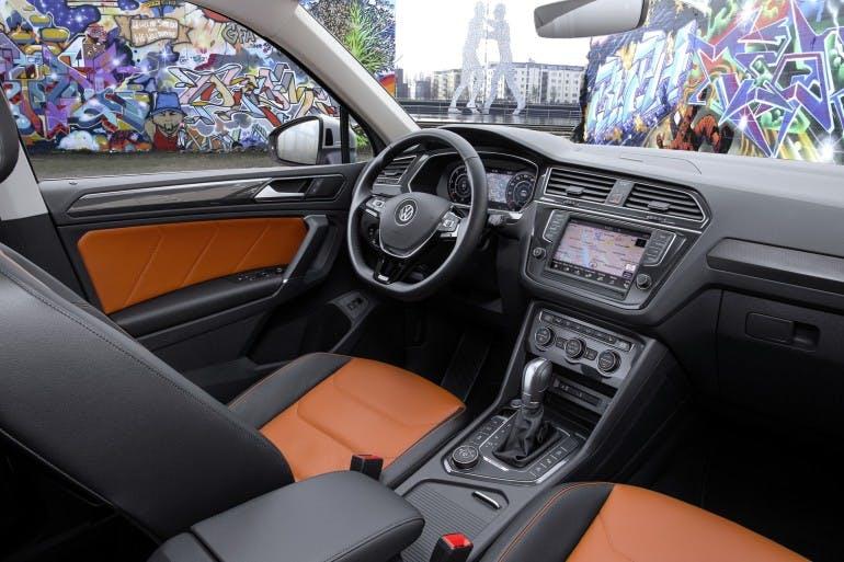 VolkswagenTiguanMY16-027