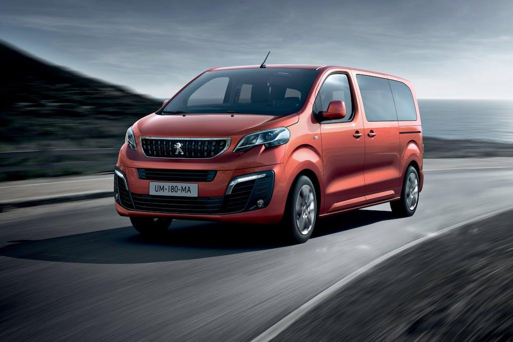 Peugeot Traveller: vocazione XXL