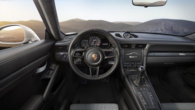 Porsche911R-009