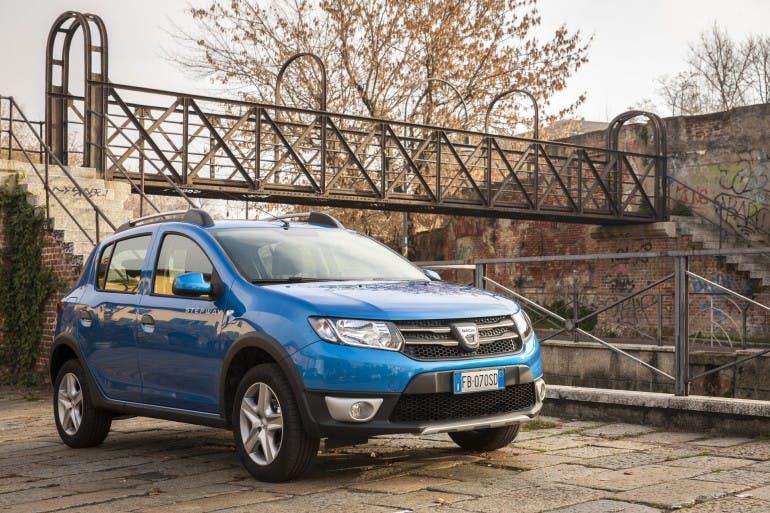 Dacia Sandero Stepway blu