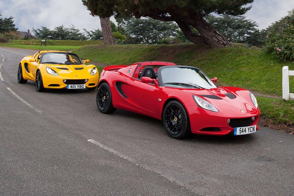 Lotus Elise: Sport e Sport 220 in gamma