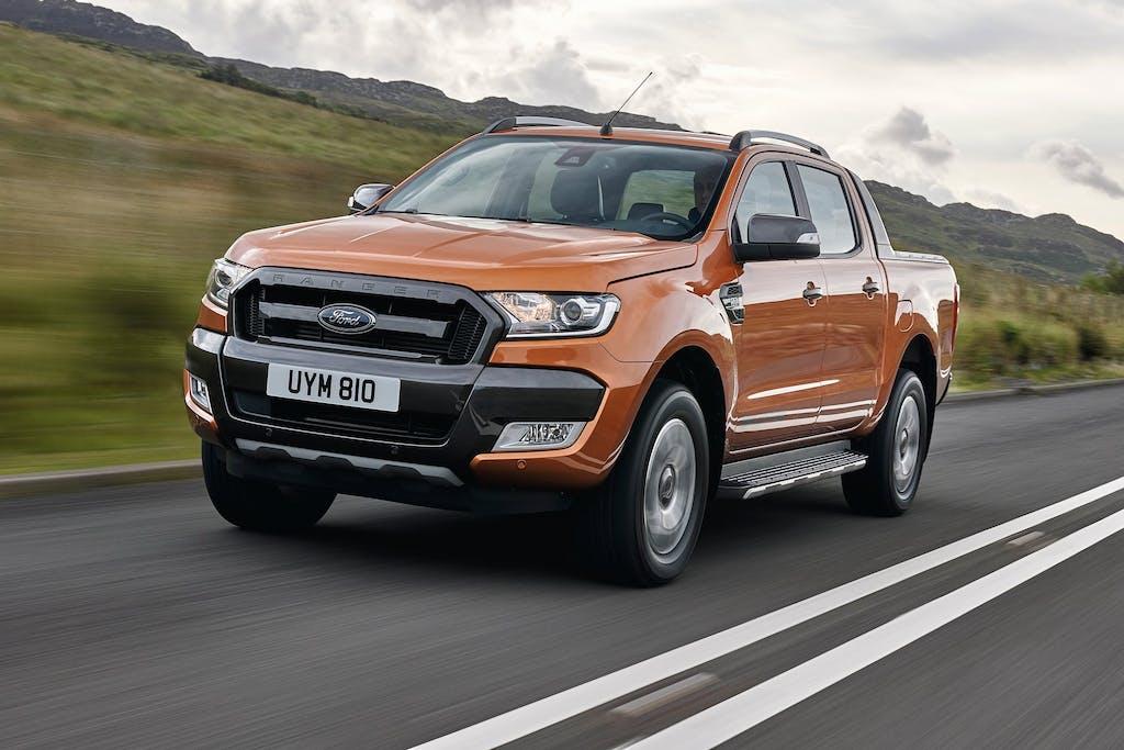 Ford Ranger: più fuori che strada