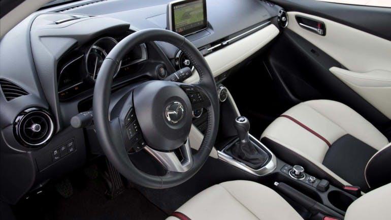 Mazda22015-015