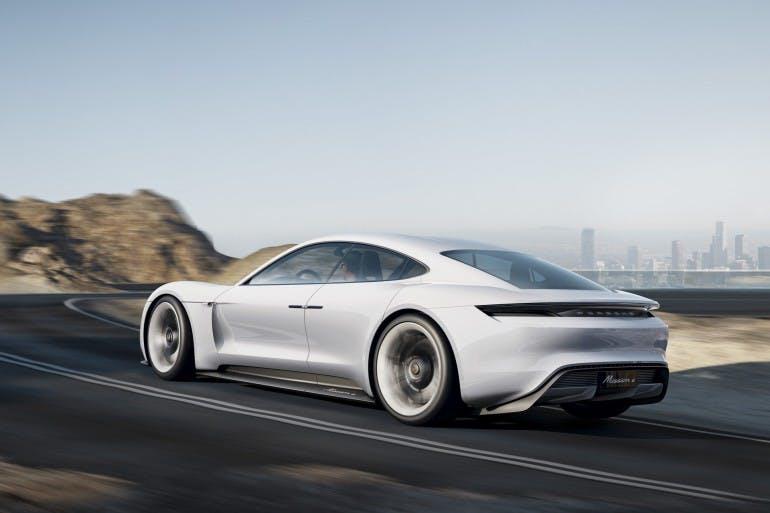 PorscheMissionE-004
