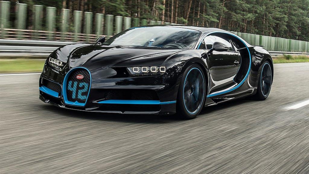 Bugatti Chiron: start e stop da record